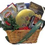 Pney woods christmas holiday gift basket
